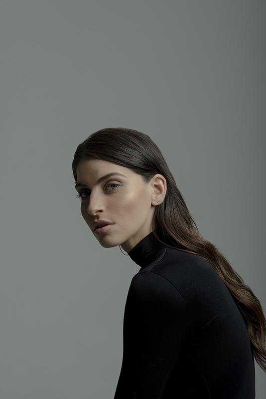 Ioanna-Sarri-Portrait-Photography-Kirill-Samarits-Photographer-Greece (11)