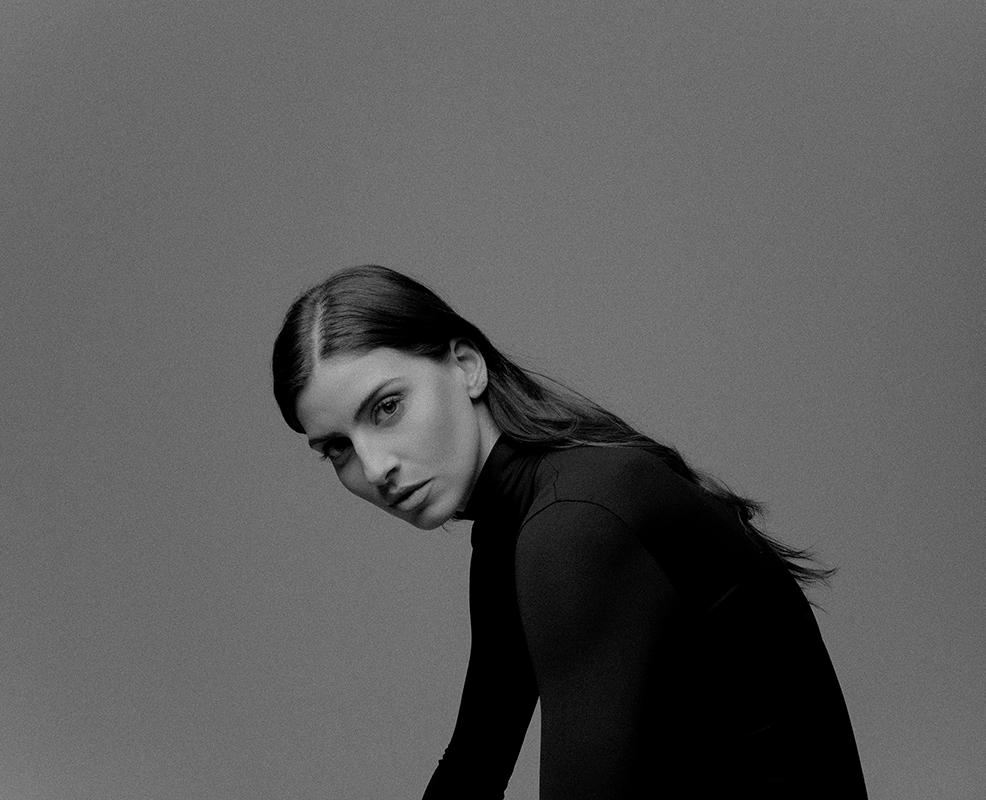 Ioanna-Sarri-Portrait-Photography-Kirill-Samarits-Photographer-Greece (13)
