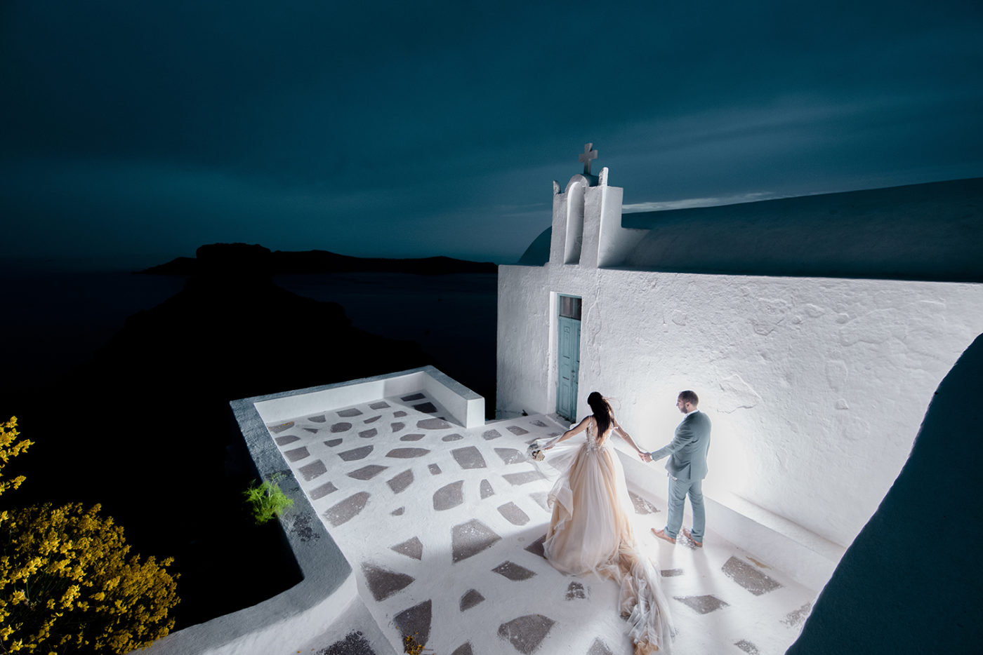 Yiannis-Sissy-Santorini-Wedding-Photography-by-Kirill-Samarits (10)