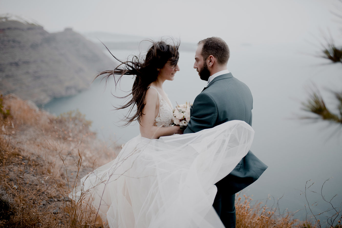 Yiannis-Sissy-Santorini-Wedding-Photography-by-Kirill-Samarits (15)