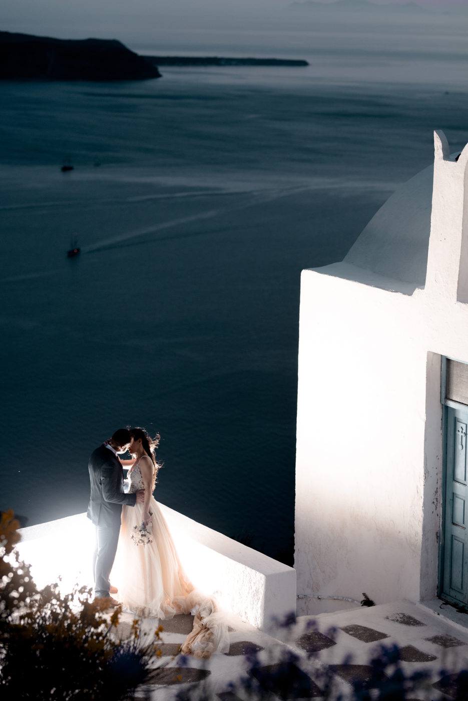 Yiannis-Sissy-Santorini-Wedding-Photography-by-Kirill-Samarits (16)
