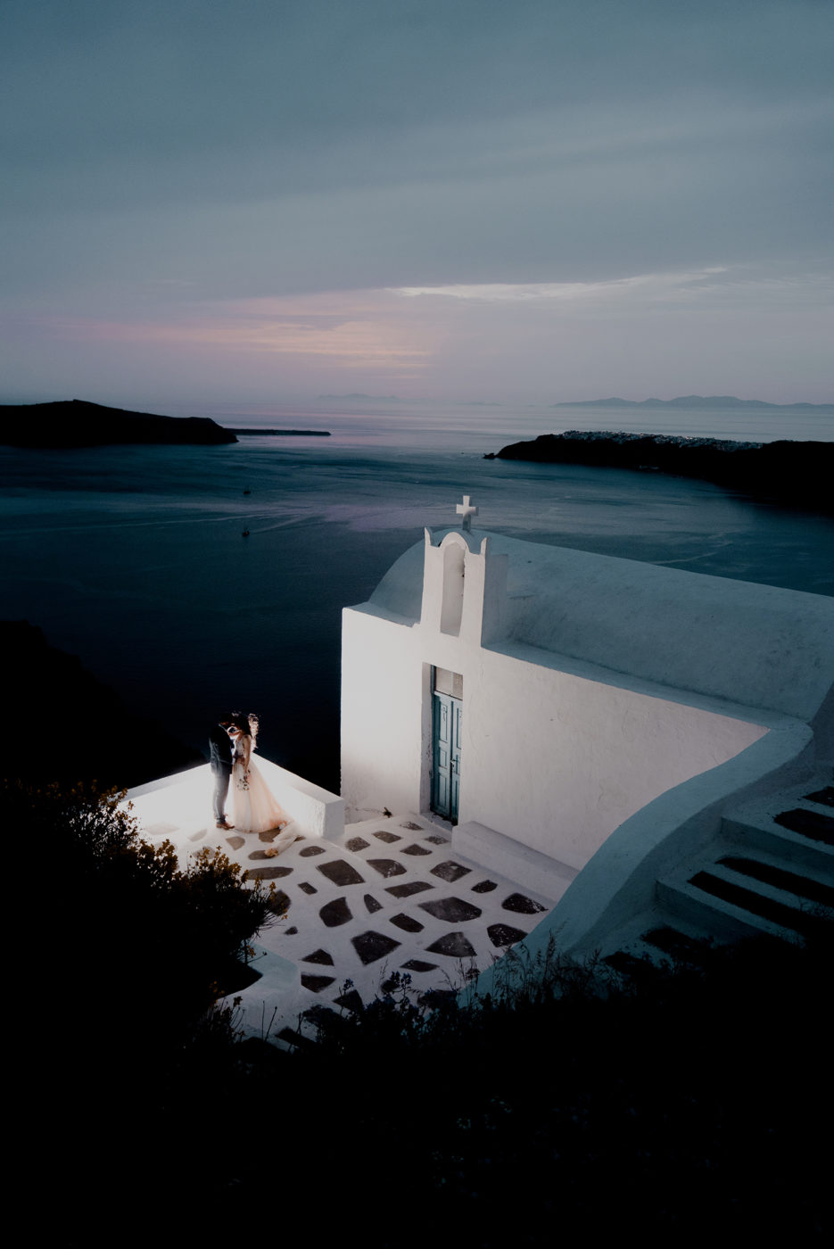 Yiannis-Sissy-Santorini-Wedding-Photography-by-Kirill-Samarits (17)