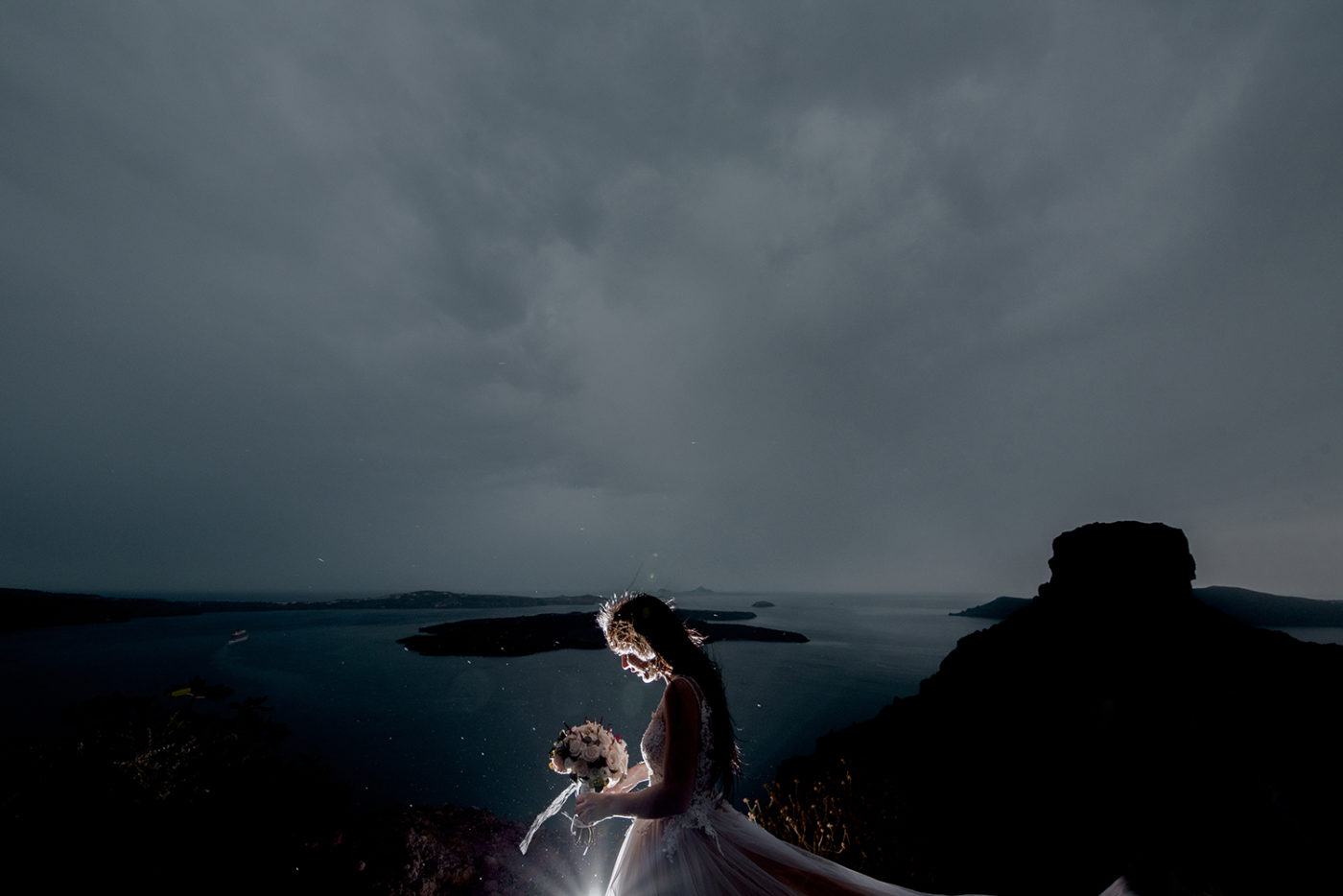Yiannis-Sissy-Santorini-Wedding-Photography-by-Kirill-Samarits (2)