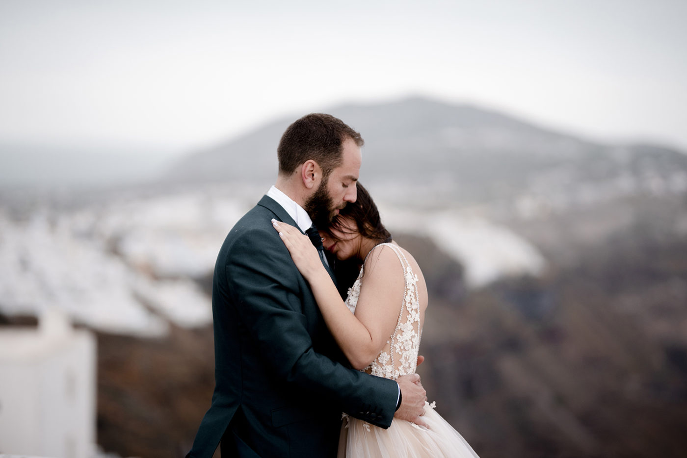 Yiannis-Sissy-Santorini-Wedding-Photography-by-Kirill-Samarits (32)